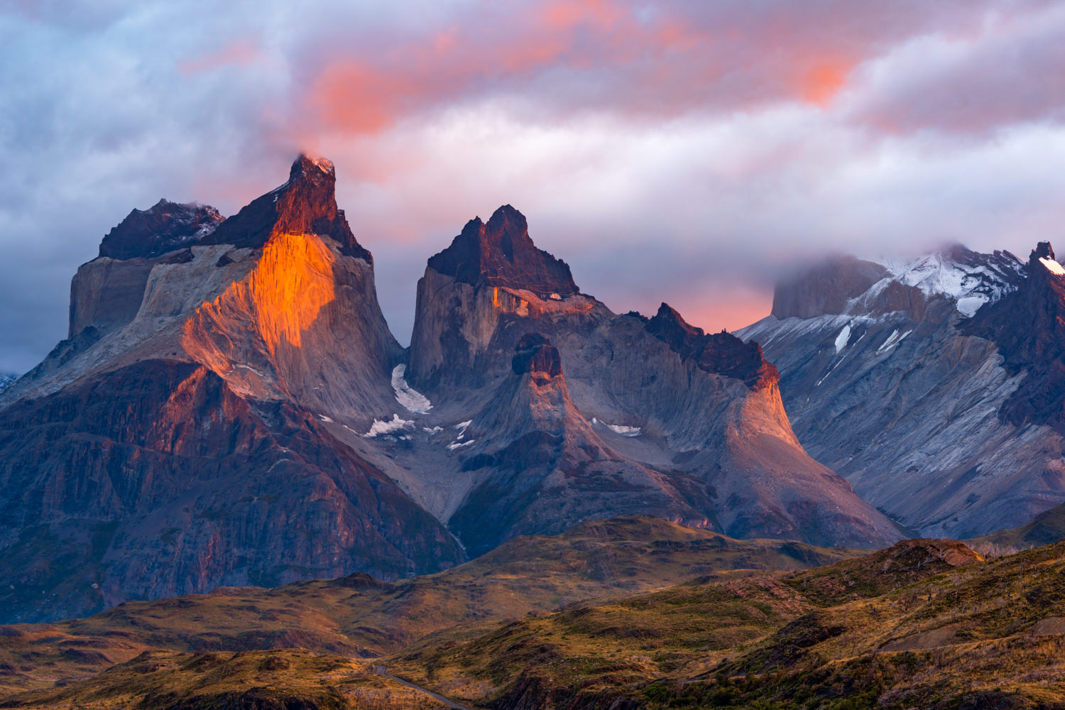 Sunrise_Torres_Del_Paine_Sony_A6300